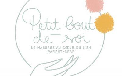 Bon cadeau de naissance : le massage au cœur du lien parents-bébé